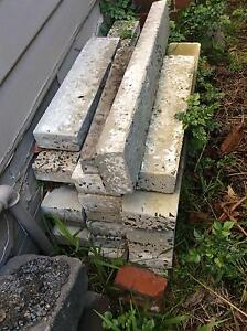 Blue Stone blocks x 20 + Concrete Edging  x 20     FREE Hampton Bayside Area Preview