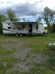 2011 Jayco 28 ft eagle feather lite rv