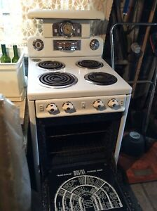 Vintage Moffat Electric Stove