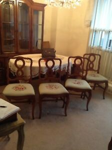 Set of 4 needlepoint chairs