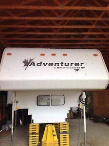 2002 9' Adventurer Camper w/Dinette Slide