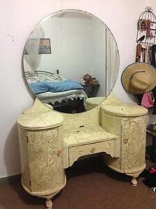 Antique/ vintage Dressing table Bungwahl Great Lakes Area Preview