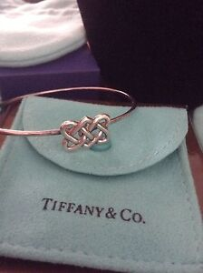 AUTHENTIC TIFFANY KNOT BRACELET
