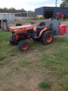 Kubota b7100 farm tractor Kempsey Kempsey Area Preview