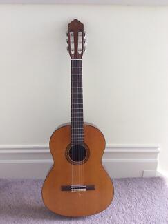 Yamaha 3/4 size acoustic guitar (model CS40) Hawthorn Boroondara Area Preview