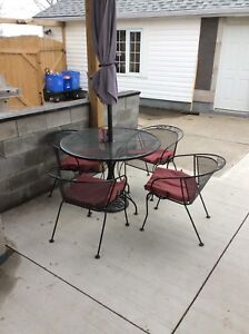 wrought iron buy or sell patio garden furniture in ontario kijiji classifieds. Black Bedroom Furniture Sets. Home Design Ideas