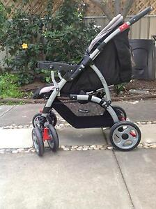Baby capsule steelcraft cruiser and the steelcraft orbit pram inc Novar Gardens West Torrens Area Preview