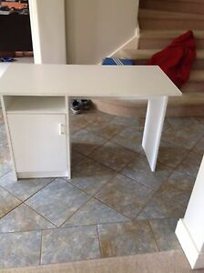 Desk Patterson Lakes Kingston Area Preview