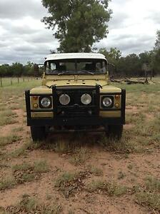1974 Land Rover (4X4) Coupe Barcaldine Central West Area Preview