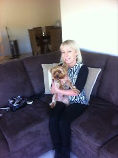 Looking for apartment, unit or small house for mature woman Burleigh Heads Gold Coast South Preview