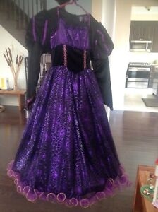 Witch Halloween costume (size 6X)