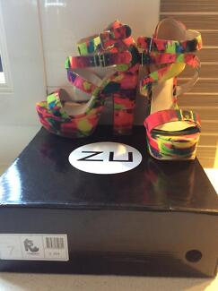 Ladies size 7 psychedelic coloured high heel party shoes