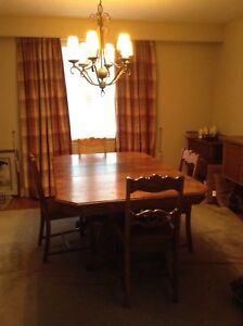 Buy Or Sell Dining Table Sets In Barrie
