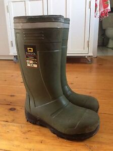Dakota steel toe rubber boots