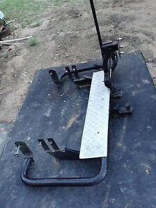 REAR STEP, TOWBAR AND SWING ARM SPARE WHEEL CARRIER Munruben Logan Area Preview
