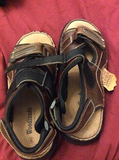 Woodlands leather n suede sandals  size 6 men or 41 approx brand new
