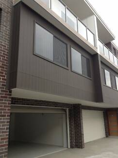 Executive Townhouse in Central Waratah