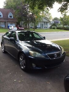 Lexus IS 250 AWD, AC,Heated seats,sunroof