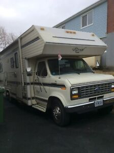 Royal classic Motorhome  *sold pending pickup