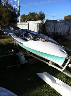 Sailing Dingy - 303