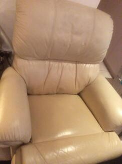 Armchair leather recliner
