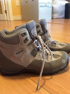 REDUCED! Women's Columbia size 10 winter boots
