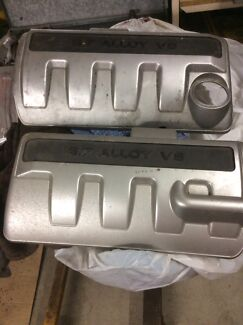 LS1 chev 5.7 engine covers great condition
