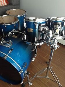 ((LOWERED PRICE)) Complete Pro Drumset Pearl Zildjian Sabian
