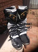 Motocross boots No Fear Size 9 Safety Bay Rockingham Area Preview