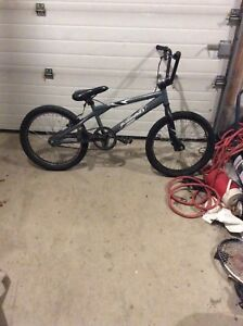 Bmx bike for sale plus 1  rim and 4 tiers