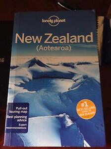 Non-used Lonely Planet 2017 New Zealand Guide Book Carlton Melbourne City Preview