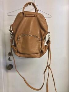 URBAN ORIGIONALS TAN LEATHER BAG Shellharbour Shellharbour Area Preview