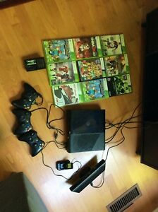 Xbox 360 + 3 controllers + 9 CD games