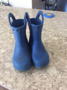 Size 10 toddler boys croc boots