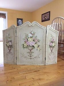 Decorative Distressed Fire Place Screen