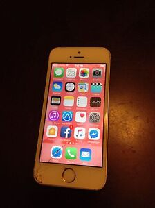 White Rose Gold IPhone 16 GB 5S