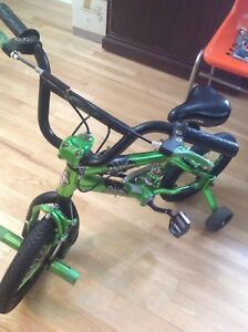 """14"""" boys bicycle with training wheels"""