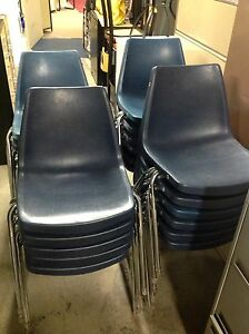 11 ADULT SOLID PLASTIC USED BLUE CHAIRS