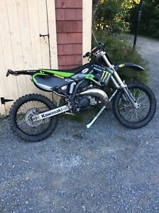 Clean kx125 2500$ need gone