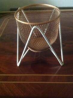 Retro vase / potted plant stand Inglewood Stirling Area Preview