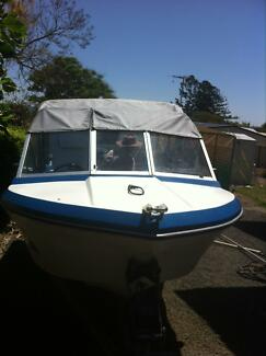 Bayliner 14 ft cuddy 1/4 cabin boat excellent condition Brisbane Region Preview