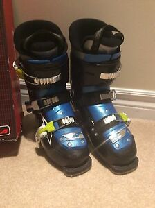 Nordica FireArrow 3 ski boots size 25.5 REDUCED TO $50!!!