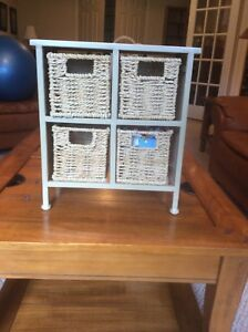 Mini storage basket unit