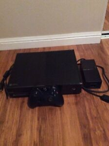 Selling XBOX-360 PS3 XBOX-ONE PS4 consoles + games library