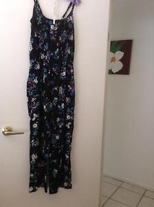 Floral jumpsuit size 12  Millers Collingwood Park Ipswich City Preview