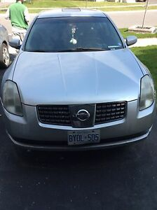 2004 Nissan Maxima Good Condition E tested 2000$ OBO