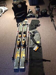 Équipement complet ski alpin / Alpine skiing equipment