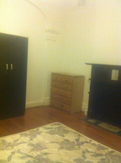 Huge room for rent Ashfield