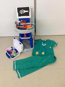 Pet Vet set with accessories Wembley Downs Stirling Area Preview