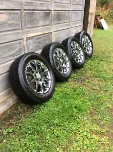 255/60R19 Michelin Winter tires with GMC Rims